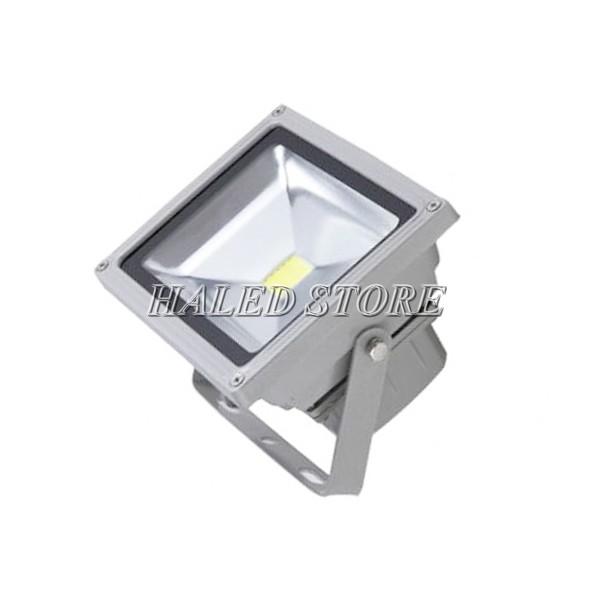 Đèn pha LED HLDAF1-10 có góc chiếu sáng 120 độ