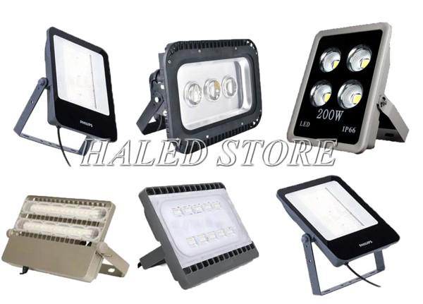 Philips có đa dạng kiểu dáng, mẫu mã đèm pha LED sân bóng chuyền