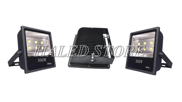 Đèn LED sân bóng đá 300W