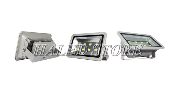 Đèn LED chiếu sáng sân bóng đá 400W