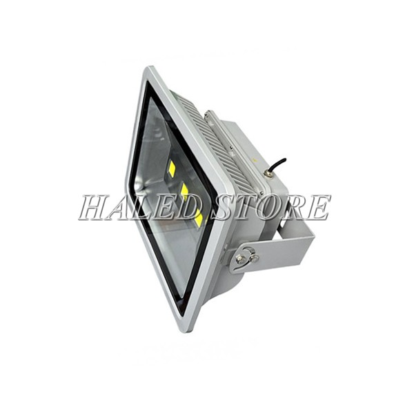 Kiểu dáng đèn pha LED HLDAFL1-150