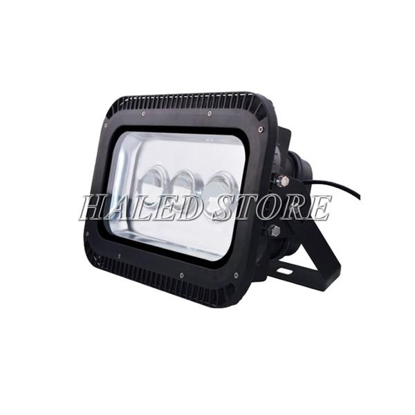 Kiểu dáng đèn pha LED HLDAFL11-150