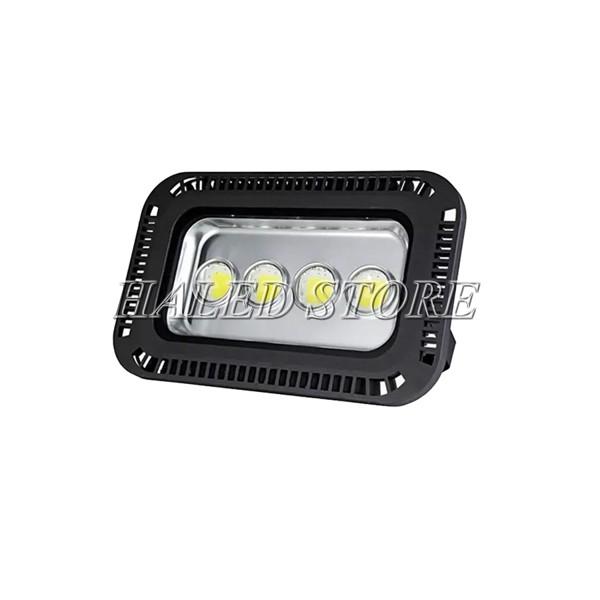 Đèn pha LED HLDAFL11-200 sử dụng 4 chip LED COB