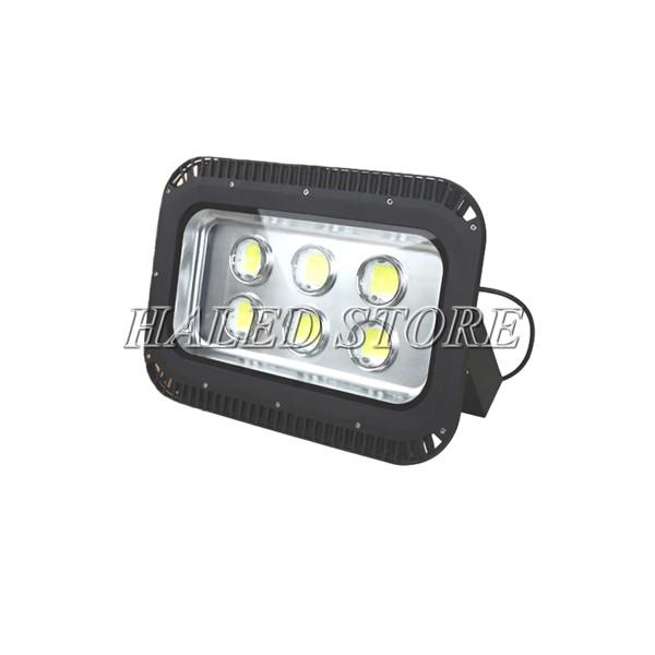 Kiểu dáng đèn pha LED HLDAFL11-300
