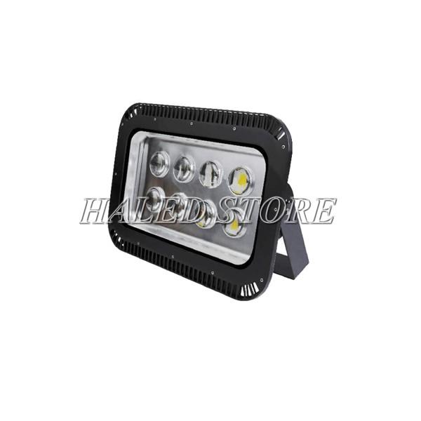 Kiểu dáng đèn pha LED HLDAFL11-400