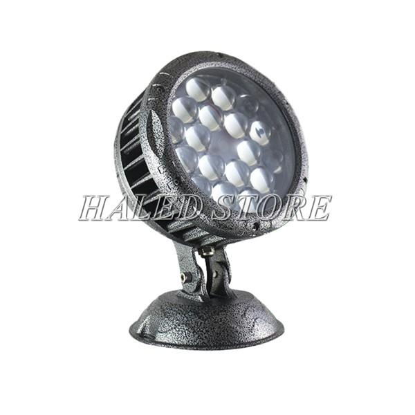 Kiểu dáng của đèn pha LED HLDAFL8-81