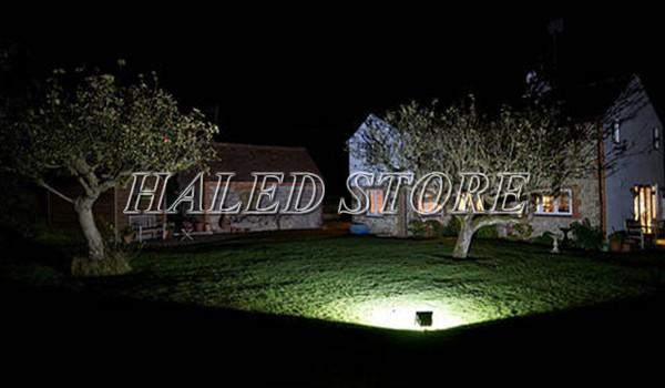 Ứng dụng của đèn pha LED HLDAFL13-12 chiếu sáng sân vườn