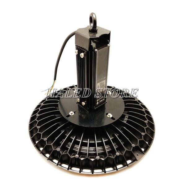 Bộ nguồn và tản nhiệt của đèn LED nhà xưởng HLDA BUFO3-100