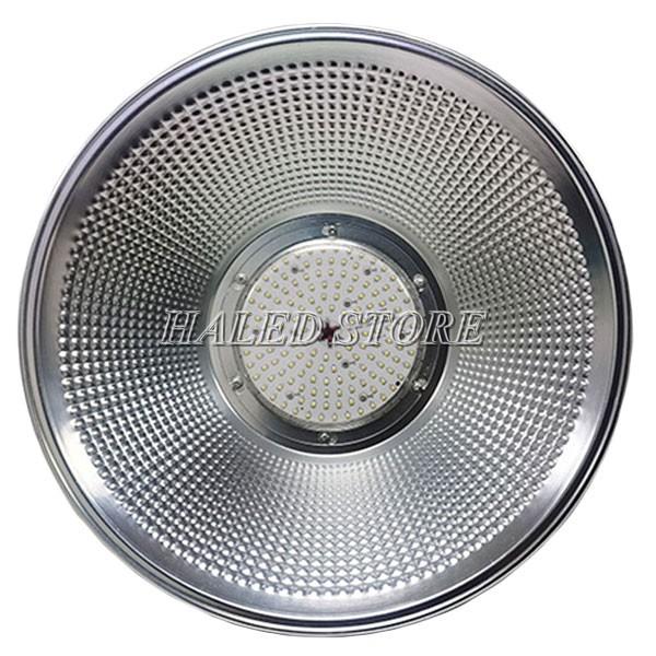 Đèn LED nhà xưởng HLDAB7-150 có góc chiếu sáng 120 độ
