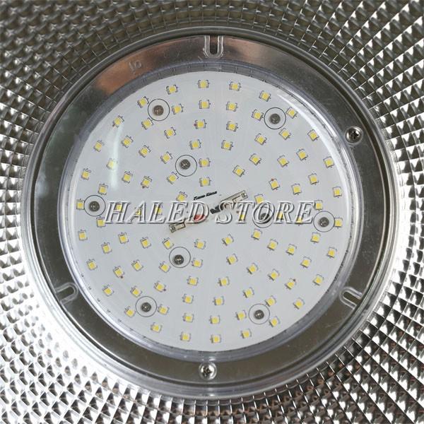 Đèn LED nhà xưởng HLDAB7-150 sử dụng chip LED SMD