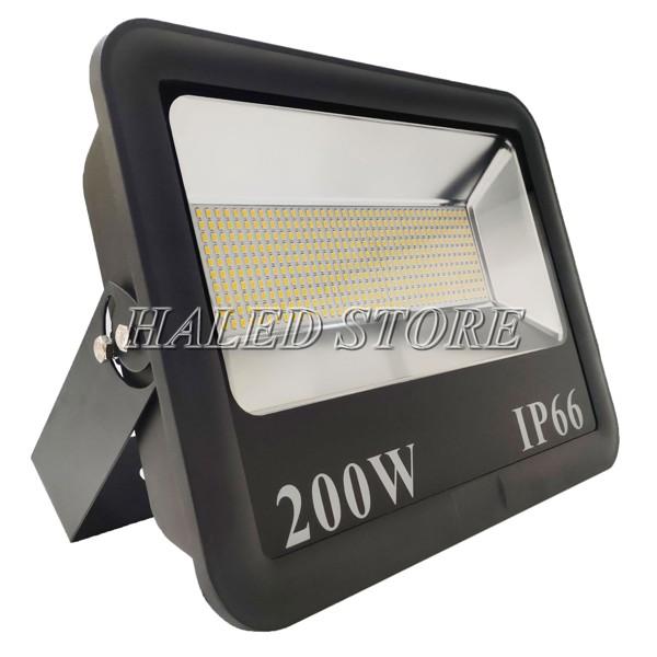 Kiểu dáng đèn pha LED HLDAFL6-200