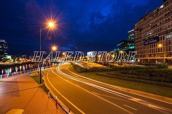 Đèn cao áp ánh sáng vàng chiếu sáng đường phố