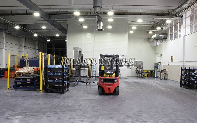 Ứng dụng của đèn LED nhà xưởng HLDA BUFO1-100
