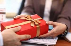 Tiêu chí tìm địa chỉ cung cấp quà tặng khách hàng giá rẻ uy tín