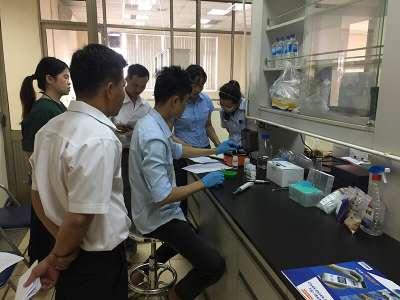 HappyVet bàn giao máy POCKIT MICRO tại công ty hoạt động trong lĩnh vực sản xuất thức ăn chăn nuôi tại Đồng Nai