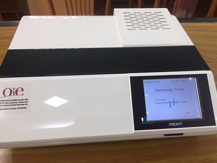 HappyVet bàn giao máy POCKIT Xpress và hướng dẫn kỹ thuật trong chẩn đoán bệnh dịch tả lợn châu Phi