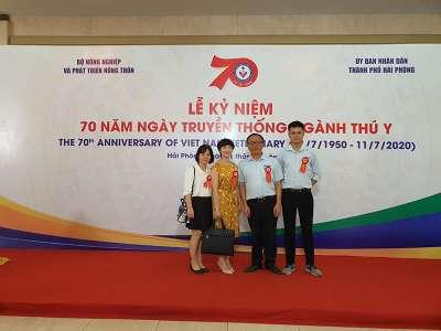 HappyVet tham dự lễ kỷ niệm 70 năm ngày truyền thống Thú Y Việt Nam và đón nhận huân chương lao động hạng nhất