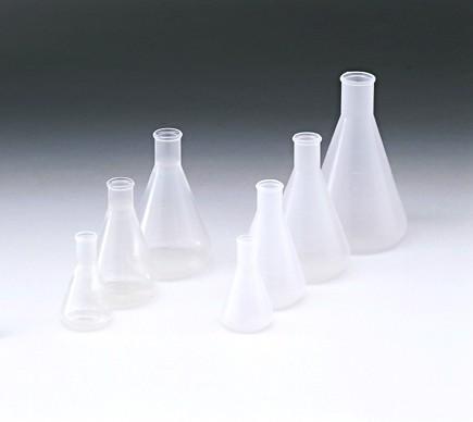 Bình tam giác nhựa có chia vạch - Kartell