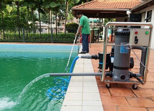 Ứng dụng của Natri Thiosunfat Na2S2O3 trong xử lý nước bể bơi