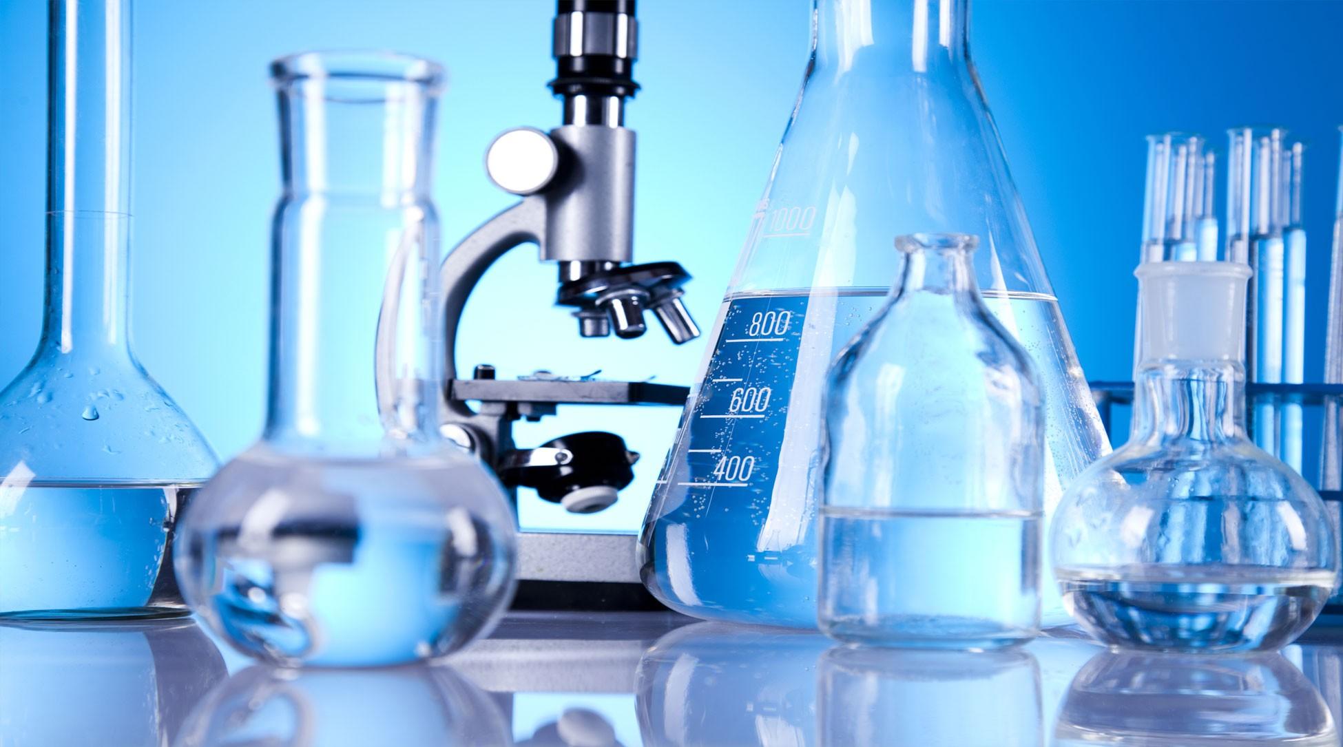 Ứng dụng quan trọng của bình tam giác trong các thí nghiệm hóa học