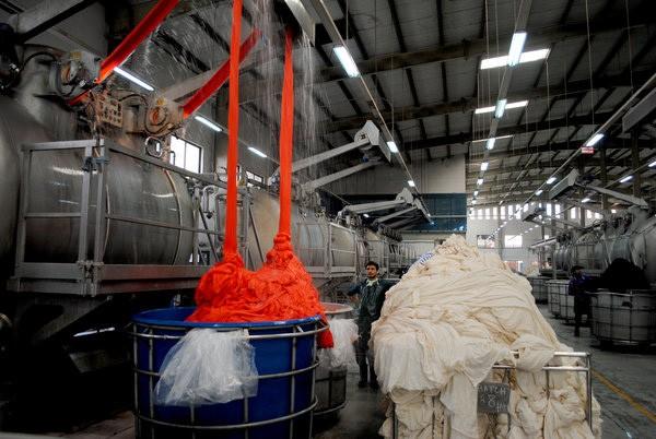 Ứng dụng của natri sunfit trong làm phẩm nhuộm
