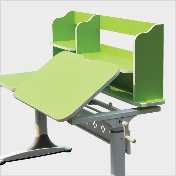 Mặt bàn có thể điều chỉnh độ nghiêng