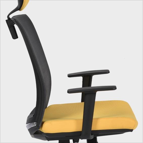 Ghế lưng cao, có thể ngả nhiều góc độ