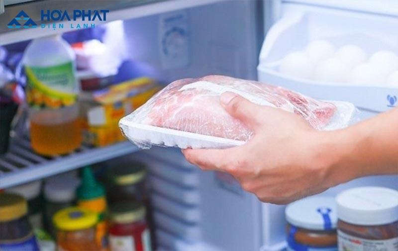 Sắp xếp lại thực phẩm một cách khoa học để nước từ thực phẩm không chảy ra ngoài