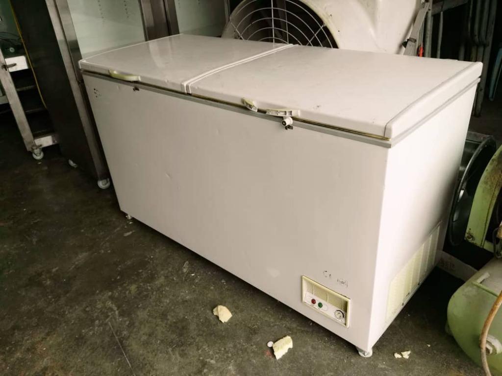 Lựa chọn mua tủ đông cũ và những nguy cơ tiềm ẩn khi sử dụng