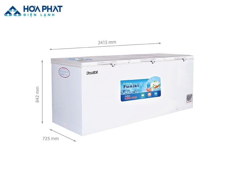Với kích thước 2415 x 725 x 842 mm, tủ đông Funiki HCF-1300S1PĐ3.N có dung tích khoảng 742 lít