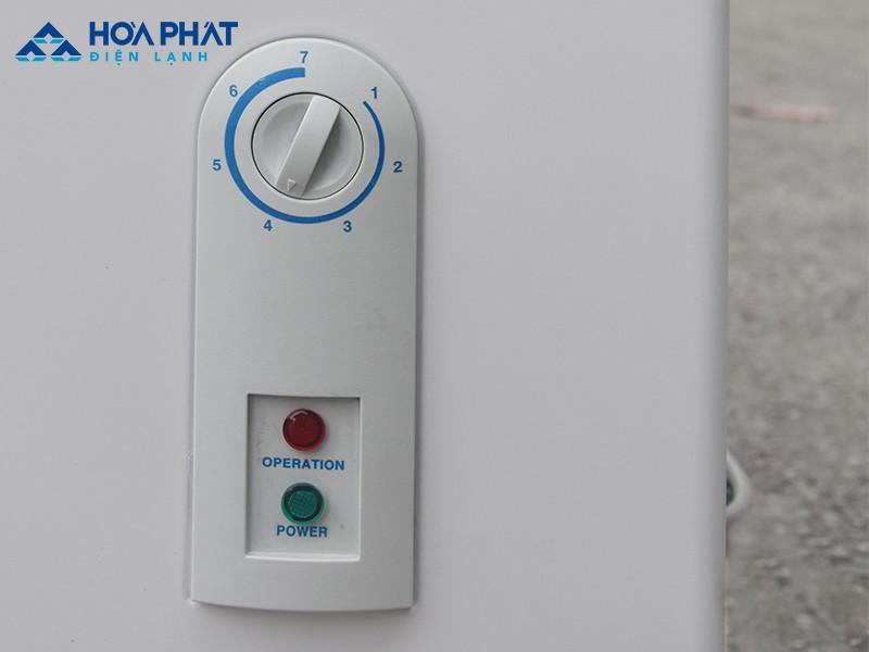 Núm xoay để cài đặt và điều chỉnh nhiệt độ tủ đông