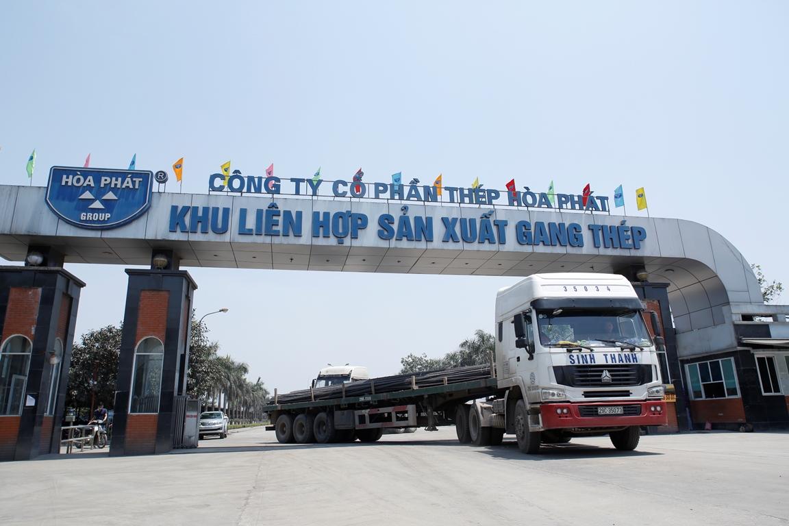 Xuat-hang-thep-Hoa-Phat