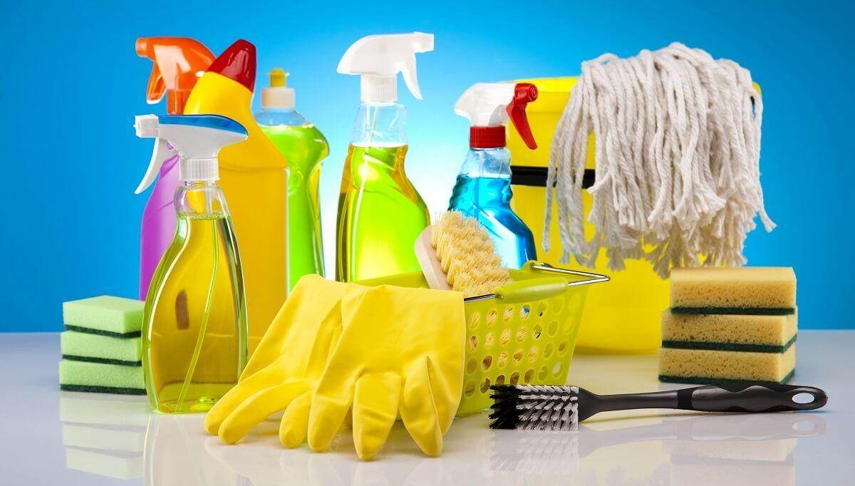 Những lưu ý khi sử dụng hóa chất tẩy rửa để luôn đảm bảo an toàn