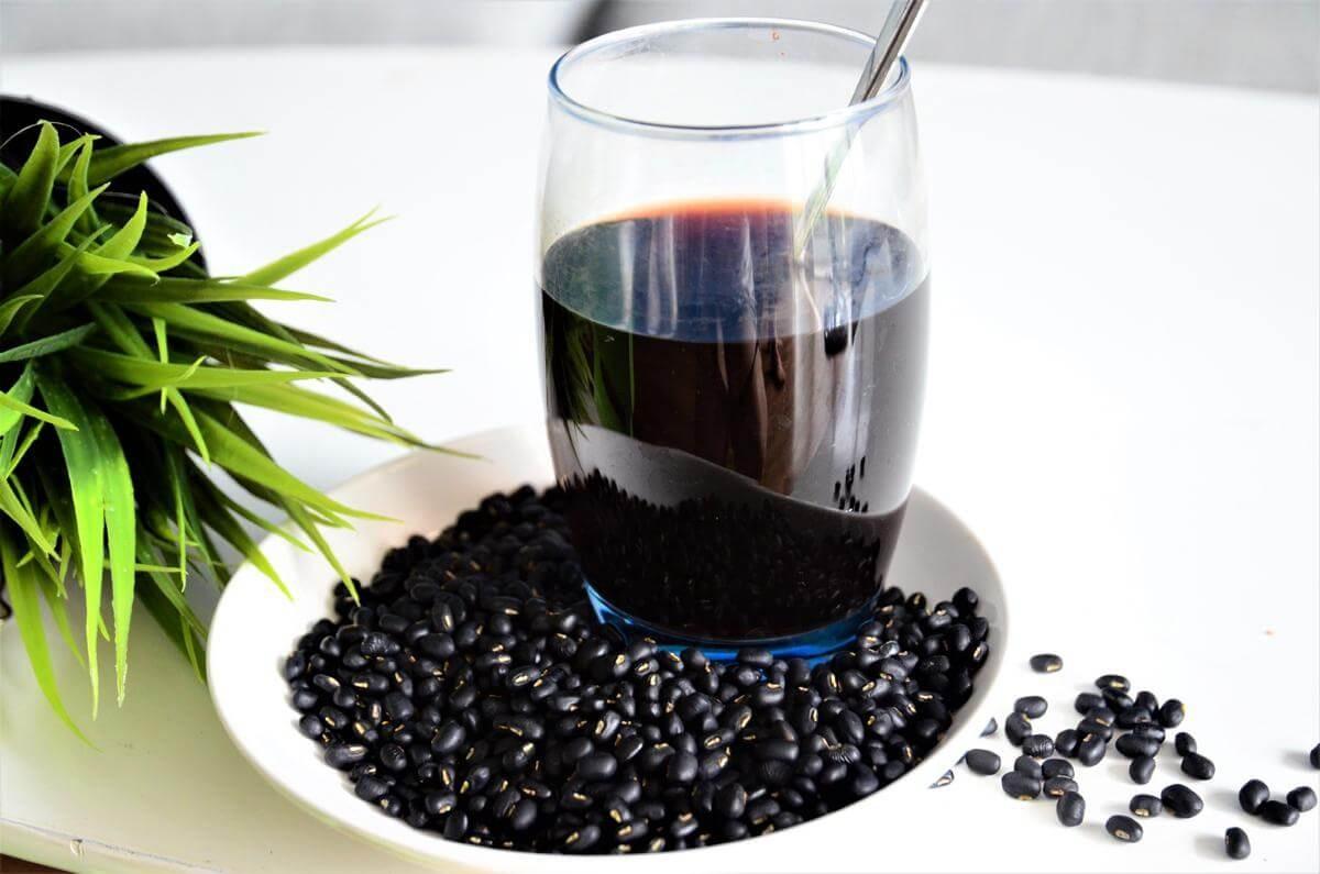 Cách dùng nước đậu đen nào gây hại cho sức khỏe của mỗi người?
