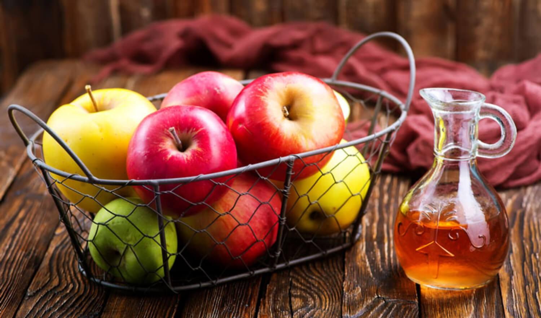 Dùng giấm táo trị mồ hôi tay