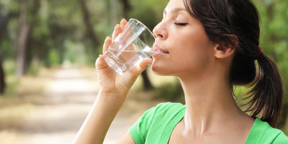 uống nước giảm cân trong 10 ngày
