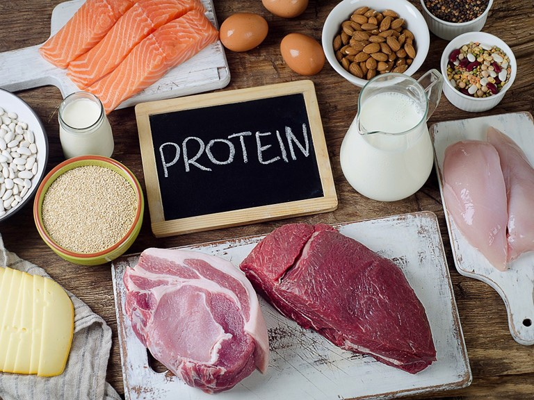 uong-nuoc-protein-2