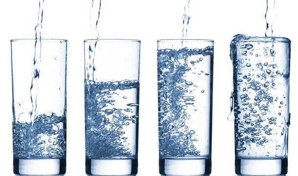 uống nước - 2
