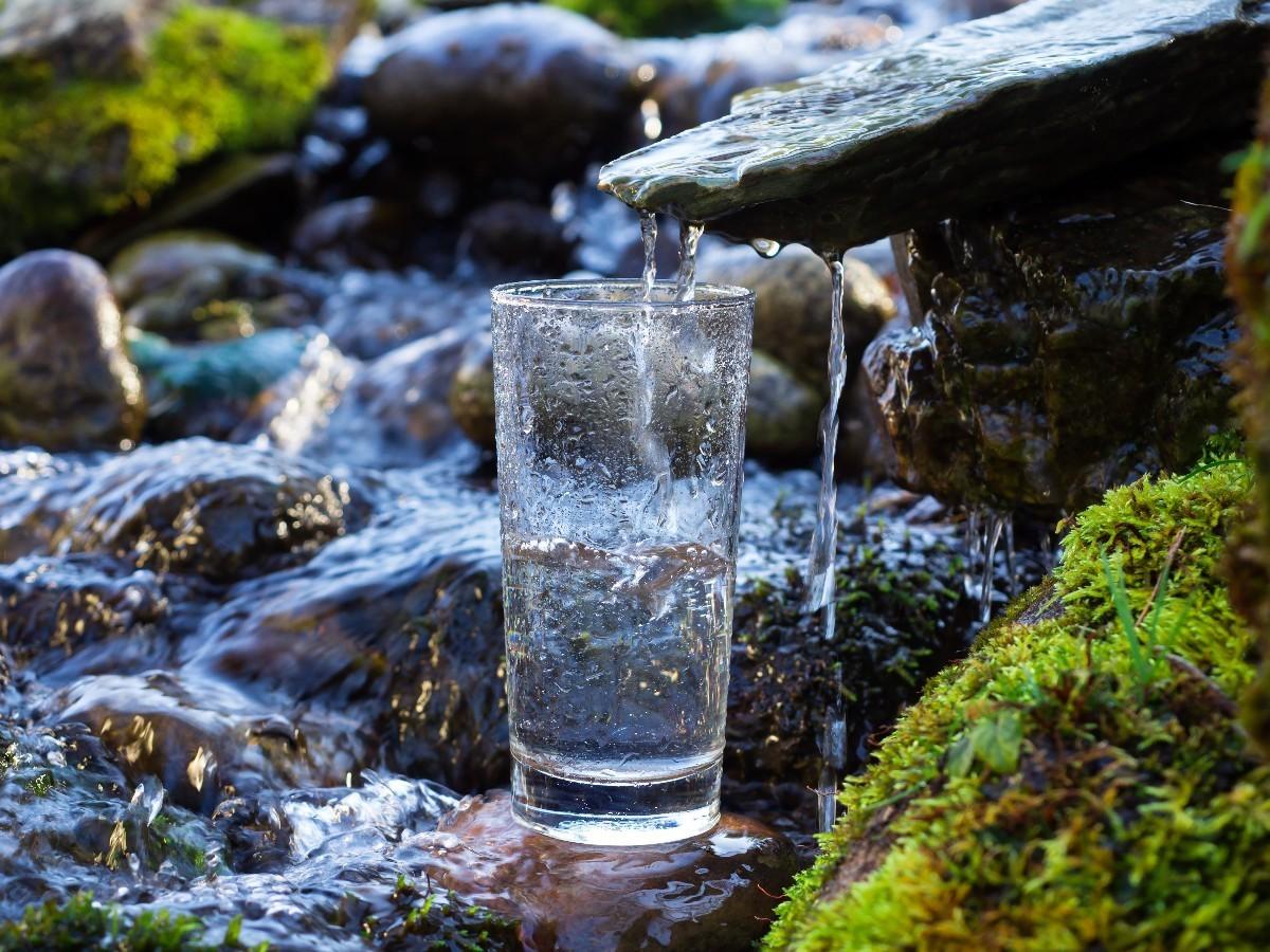 nước suối - 1