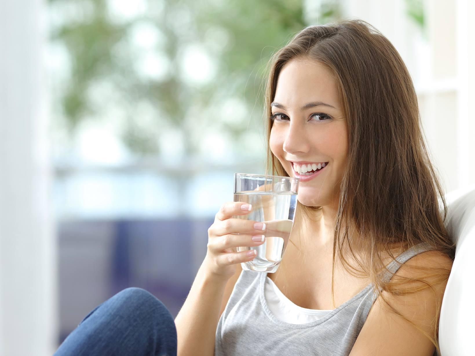 Những lợi ích của nước lọc với sức khỏe của bạn