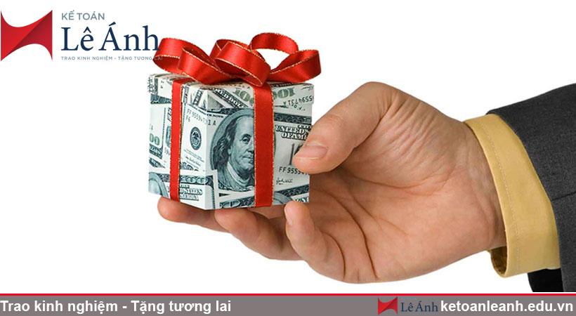 tiền thưởng cho cá nhân có được tính thuế TNCN