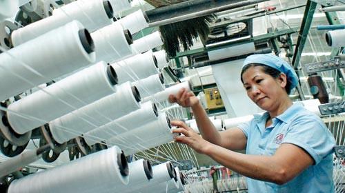 Các loại hóa chất sử dụng phổ biến trong ngành công nghiệp dệt nhuộm