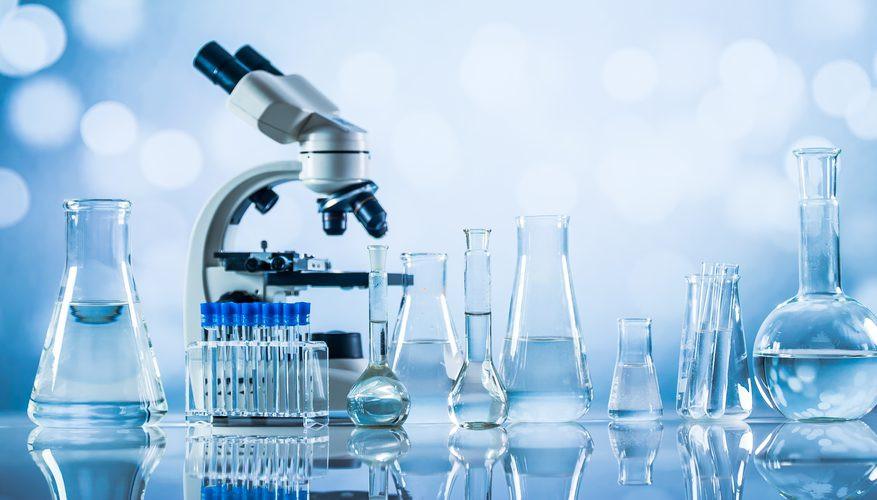 Dụng cụ phòng thí nghiệm đa phần làm từ thủy tinh