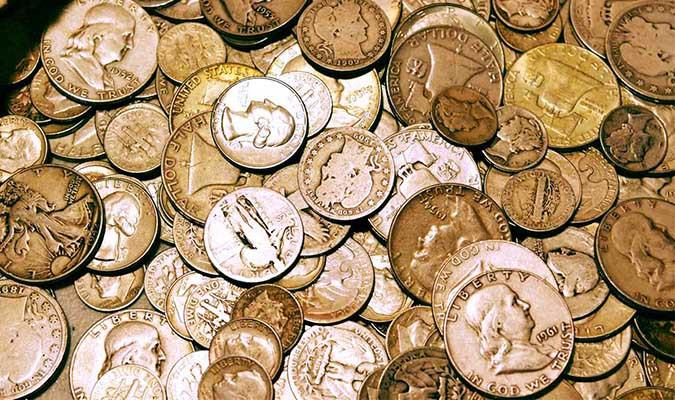 Hình ảnh đồng tiền xu bị hoen ố
