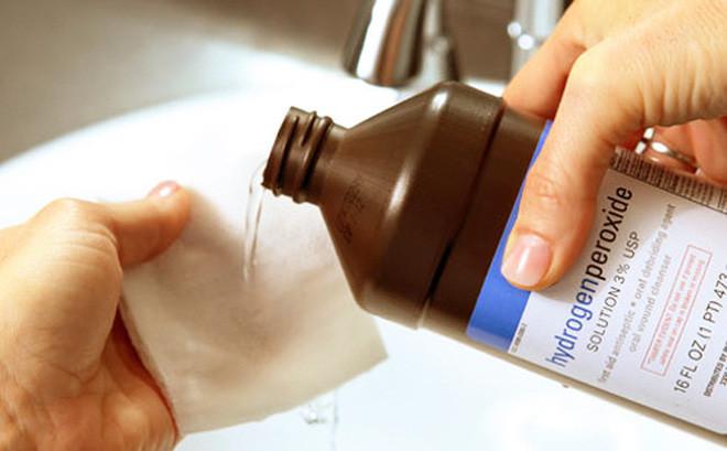 Ôxy già sử dụng trong tẩy rửa