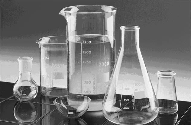 LabVIETCHEM là đơn vị hàng đầu cung cấp các dụng cụ thí nghiệm thủy tinh
