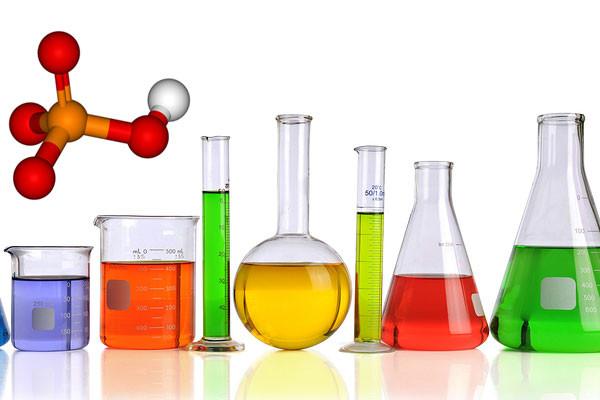 Hóa chất đặc dụng đựng trong dụng cụ thí nghiệm