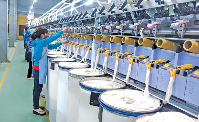 Hóa chất dệt nhuộm giữ vai trò quan trọng trong ngành dệt nhuộm