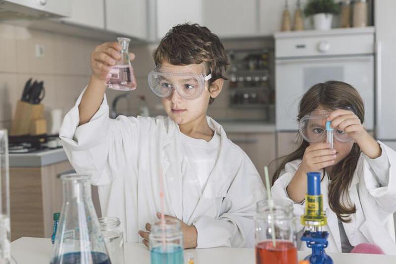 Những lưu ý khi sử dụng hóa chất thí nghiệm