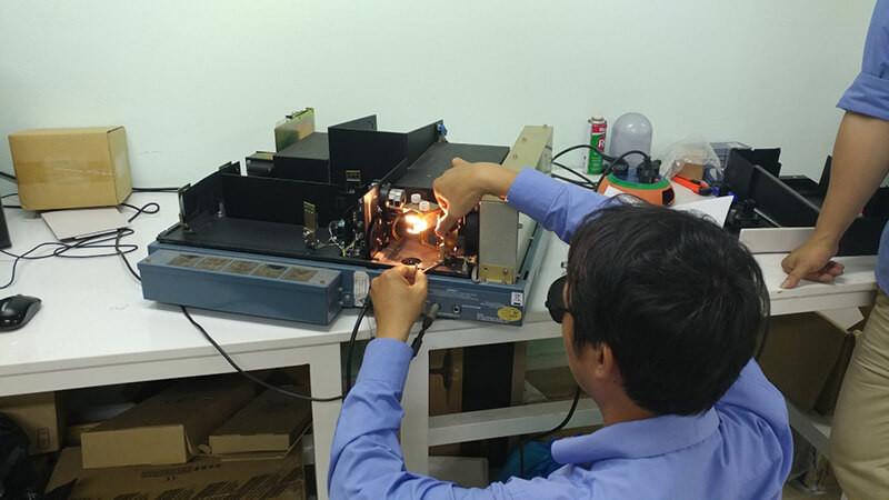 Sửa chữa thiết bị khoa học tại labvietchem 3
